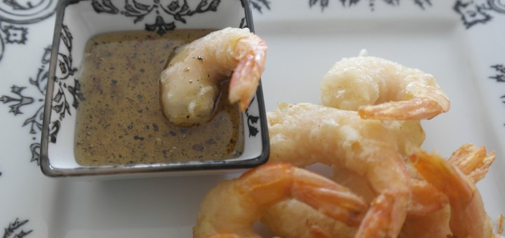 Beignets de crevettes au miel et poivre.