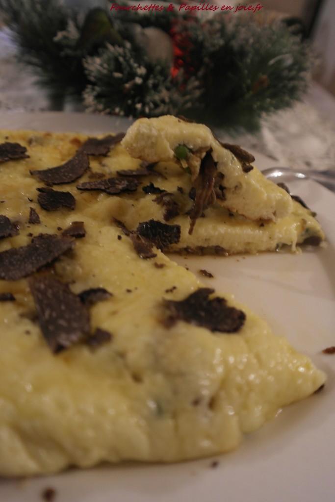 Omelette aux bolets et à la truffe.