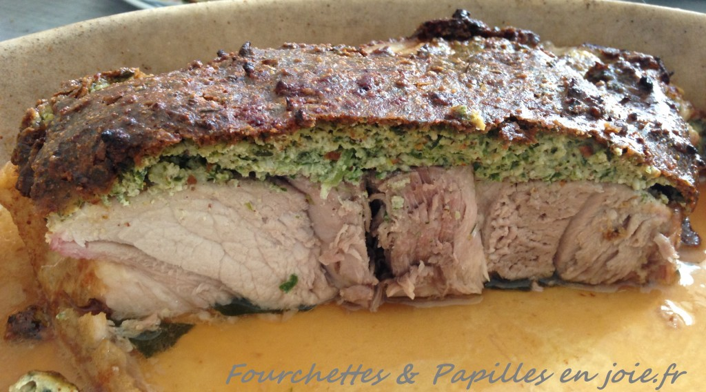 Rouelle de porc en croûte d'herbes aux amandes. Fourchettes & Papilles en joie.fr