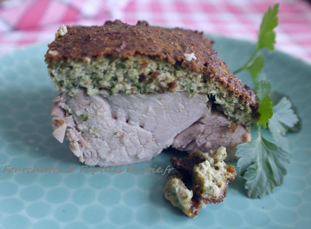 Rouelle de porc en croûte d'herbes aux amandes. Fourchettes et Papilles en joie.fr