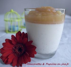Panna Cotta à la vanille et sa compote - la-gourmandiseest-un-jolidefaut.com/