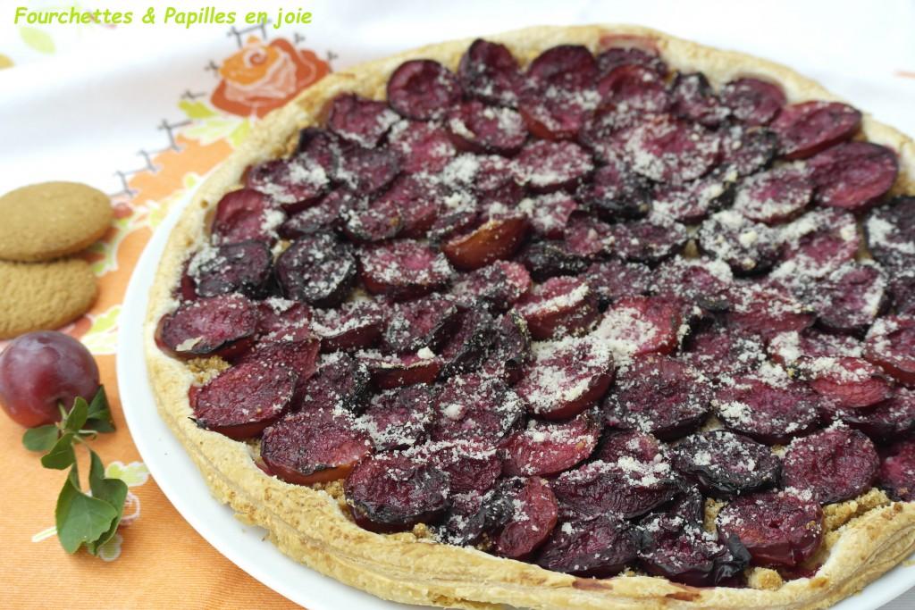 Tarte fine aux prunes. Fourchettes & Papilles en joie