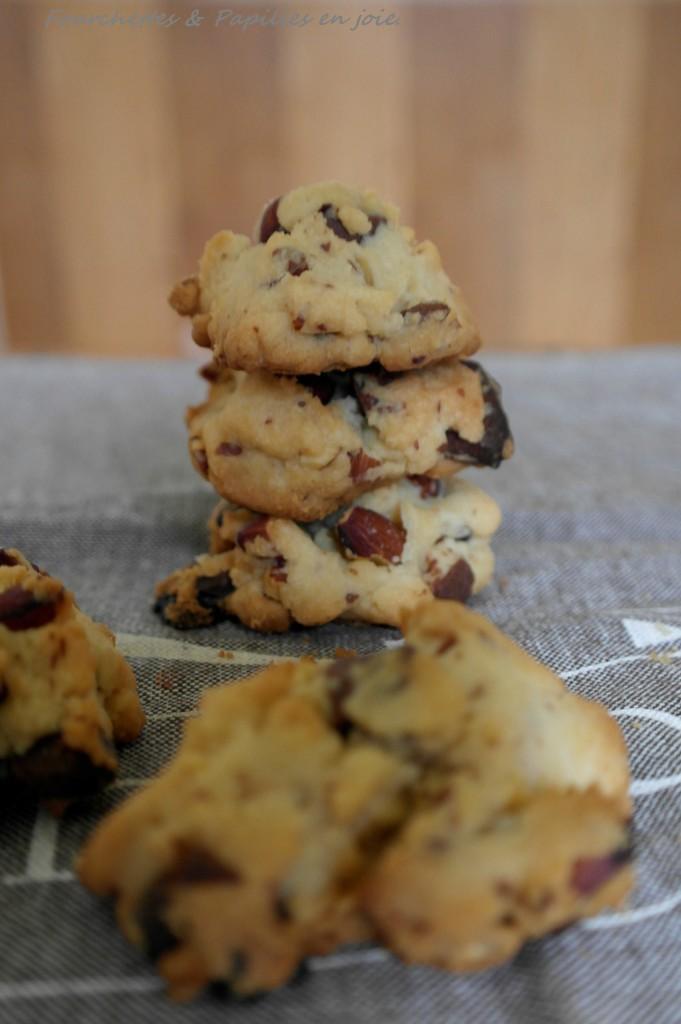 cookies au sirop d'érable, pépites de chocolat et amandes